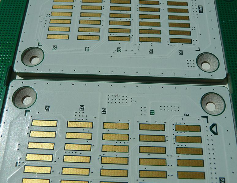 Fabrication et livraison rapide de circuit imprim double face - Nettoyer circuit imprime ...